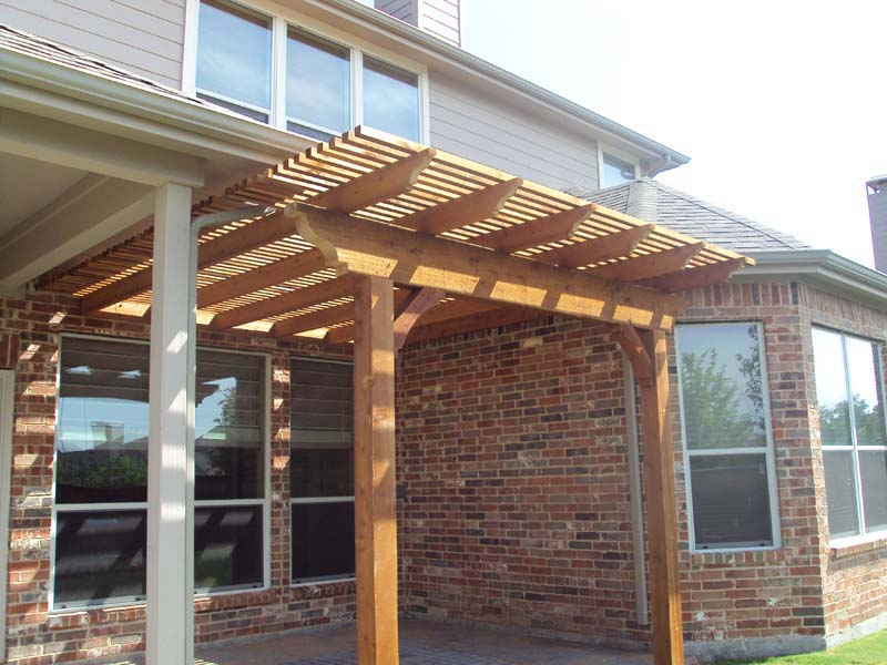 Marvelous Small Arbor Fills Gap Next To Patio Cover