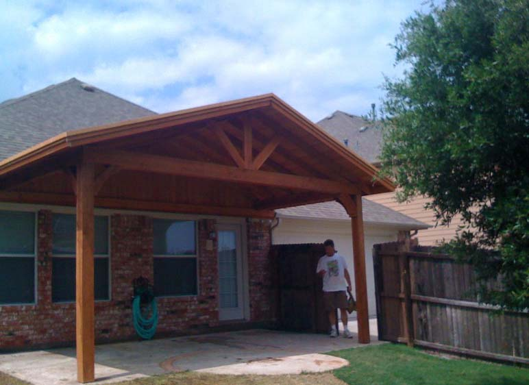 Good Simple Patio Cover Provides Backyard Shade